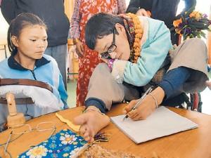 Jhamak Kumari Ghimire @Nepal Cerebral Palsy (3)_20110909101059